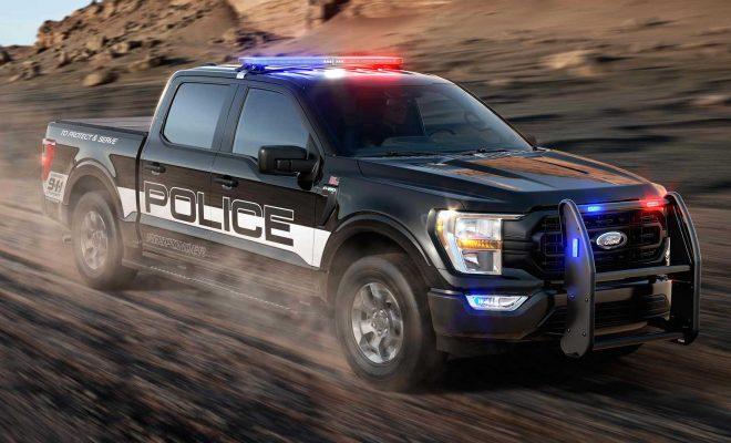 https://cdn.motor1.com/images/mgl/WmYA1/s6/2021-ford-f-150-police-responder-front-view.jpg