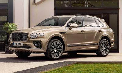 Bentley Bentayga Mulliner Has 27 Hide Colors, 100 Veneer Options