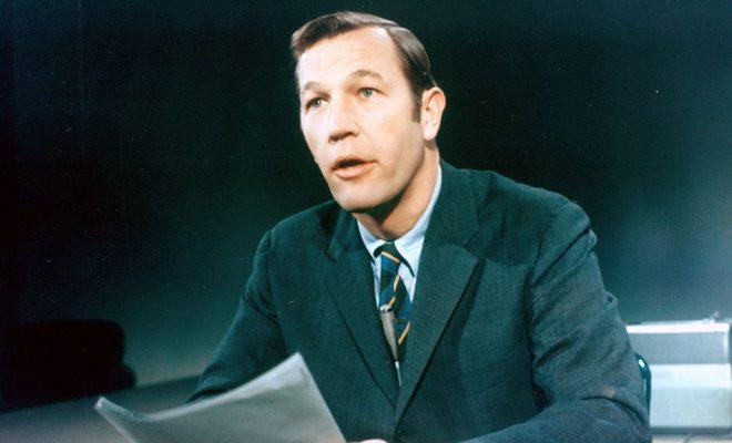 Roger Mudd, Veteran Newsman for CBS and NBC, Dies at 93
